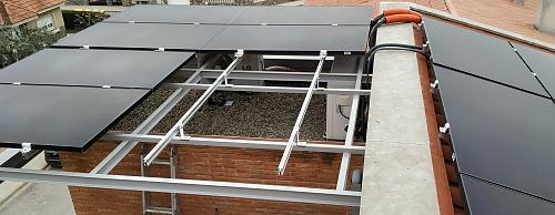 OFERTA PANEL SUNPOWER P3-330W-BLACK-paneles_montados.jpg