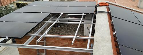 PANEL SUNPOWER P3-370W-BLACK-paneles_montados.jpg