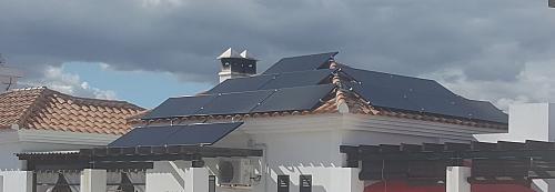 PANEL SUNPOWER P3-370W-BLACK-20200614_115154.jpg