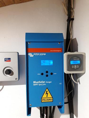 Regulador de carga y monitor de baterías Victron- Con garantía hasta 2019-victron.jpg