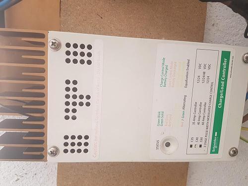 Schneider Xantrex C40 Controlador de carga Solar-20190727_175259.jpg