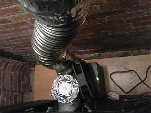 [Brico] Aprovechar calor que se va por el tubo de gases-2019-02-15-17.41.28.jpg