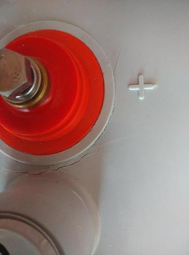 Baterias de gel con grietas en la parte superior-img_20141025_153140-1-.jpg