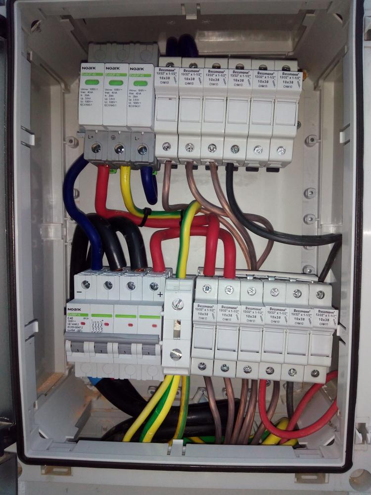 buscando caja conexiones