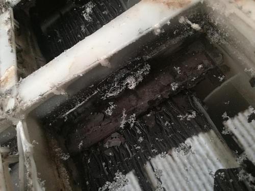 Abriendo o destrozando bateria monoblok varta. Imagenes.-img_20180830_175144.jpg