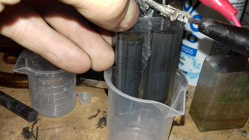 Bateria Zinc oxido de hierro alcalina casera-2.jpg