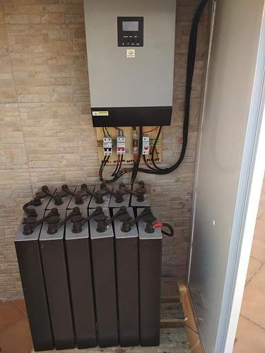 Fotografías instalaciones fotovoltaicas aisladas-55914208_2390179470992591_5467549799383302144_n.jpg