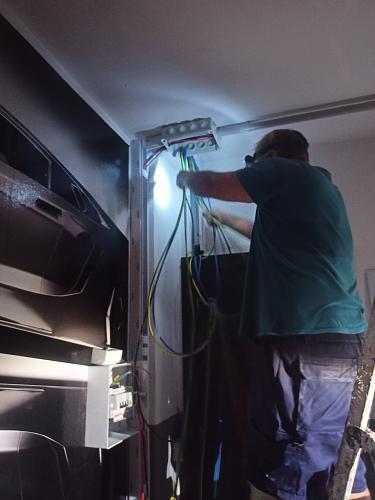 Fotografías instalaciones fotovoltaicas aisladas-img20210922174840.jpg