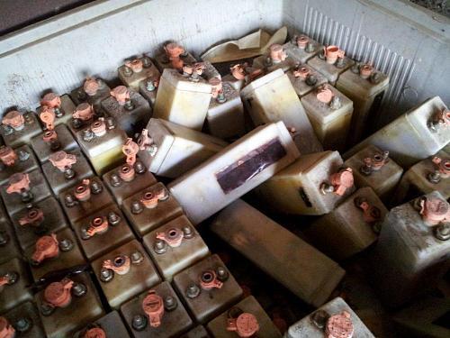 Y las baterias de Fe-Ni??-20120301_123530.jpg