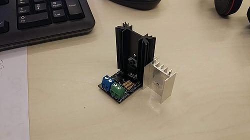 Derivador universal consistente en un meter y un triac controlados ambos por ESP32-img_20191210_172709_996.jpg