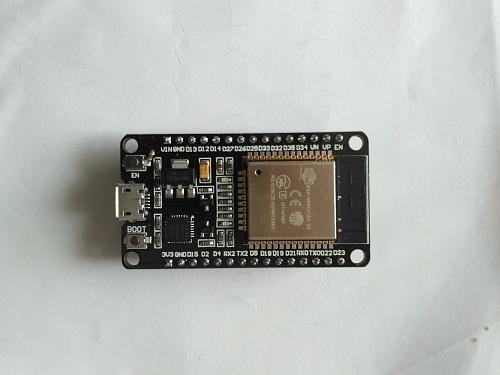 Derivador universal consistente en un meter y un triac controlados ambos por ESP32-img_20200301_114517.jpg