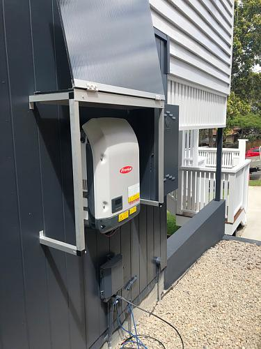 Duda conexión paneles solares (sistema on grid)-inversor-exterior2.jpg