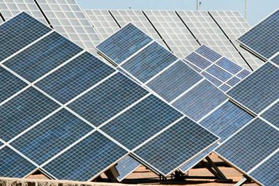Nombre:  paneles-fotovoltaicos.jpg Visitas: 101 Tamaño: 57,7 KB