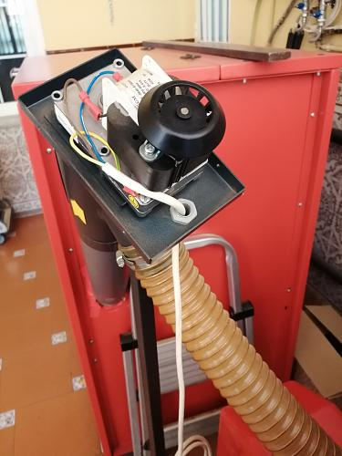 Quemador de biomasa casero-motor-sinfin.jpg