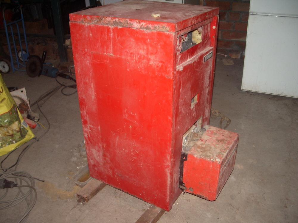 Sustituir quemador de gasoil por biomasa en una caldera for Calderas de gas roca