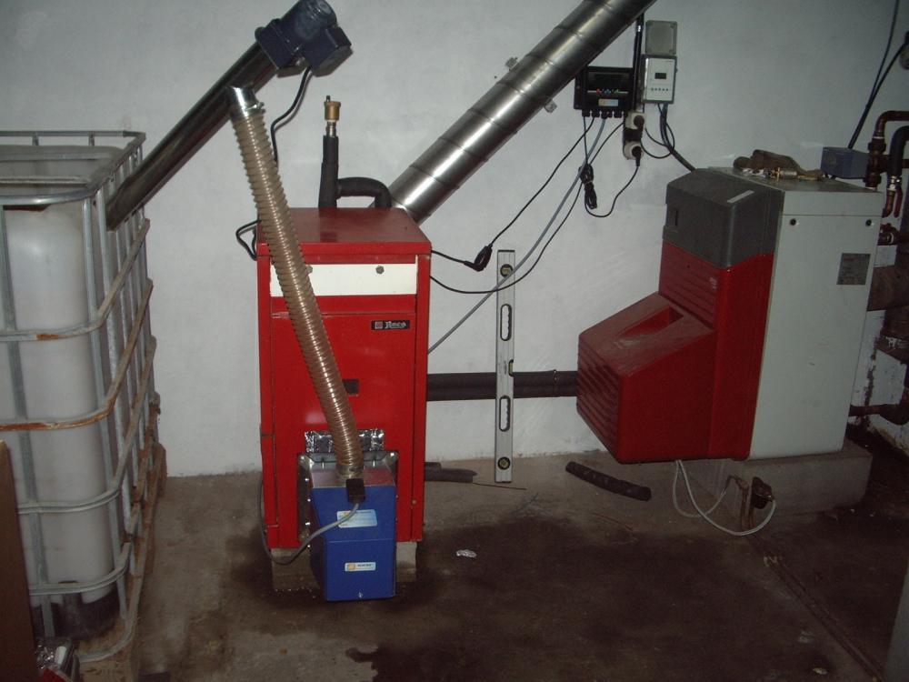 sustituir quemador de gasoil por biomasa en una caldera roca