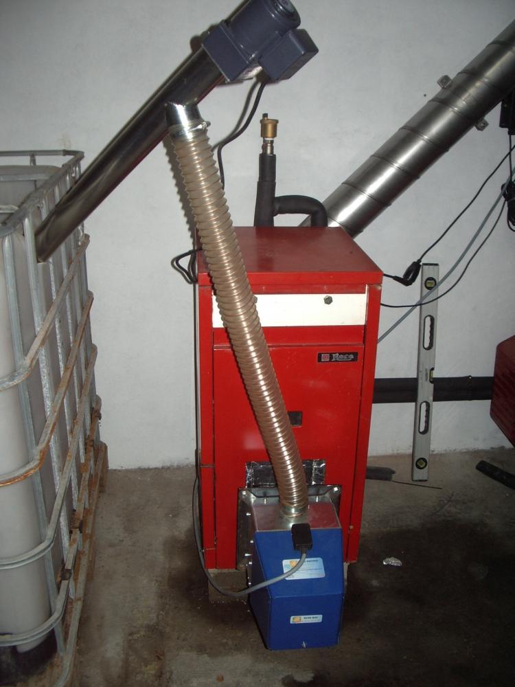 Sustituir quemador de gasoil por biomasa en una caldera roca - Caldera de gasoil ...