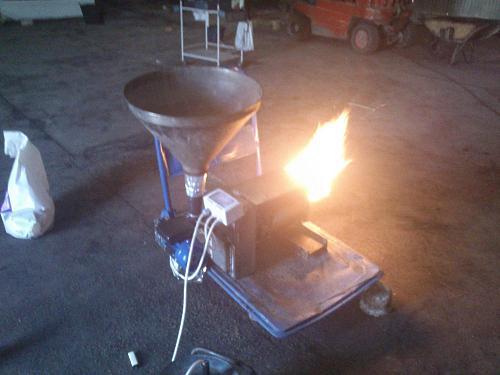 Quemador de biomasa casero-dsc_0152.jpg