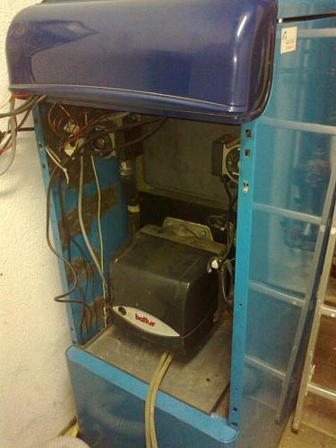 Instalación de un quemador de biomasa Pellas X Mini en caldera-17042013511.jpg