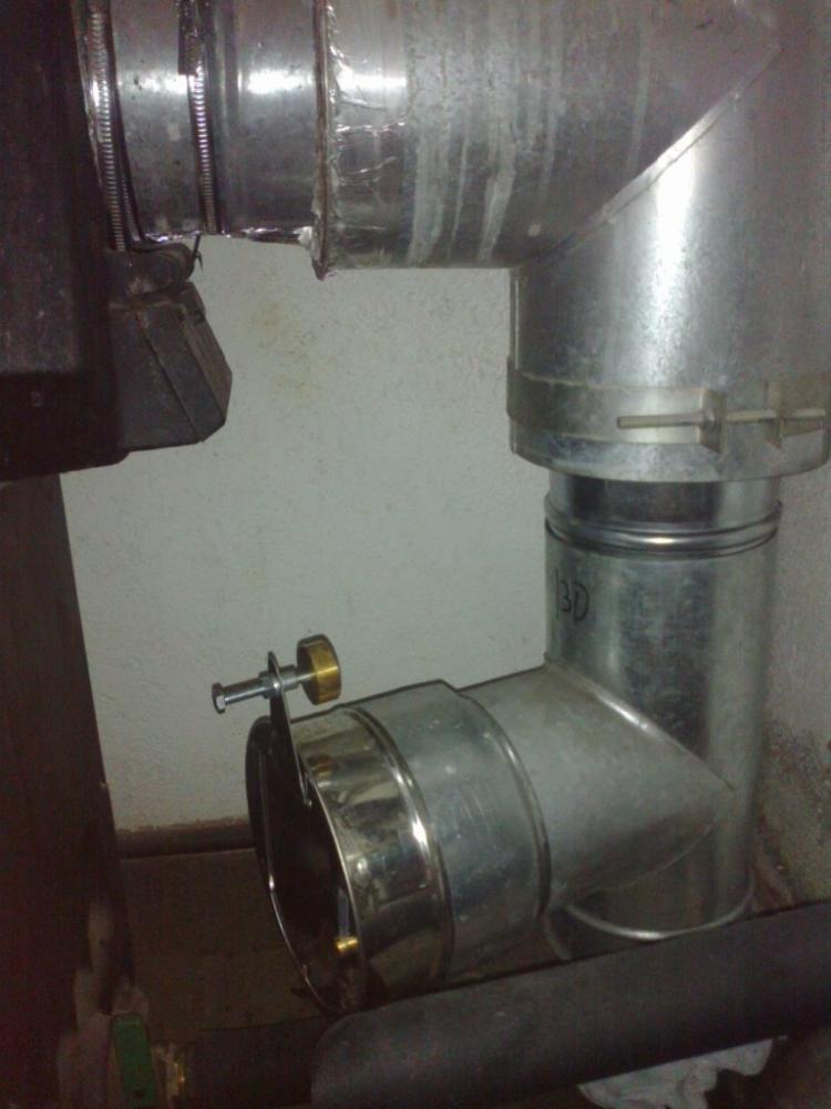 Instalaci n de un quemador de biomasa pellas x mini en - Se puede instalar una caldera de biomasa en un piso ...