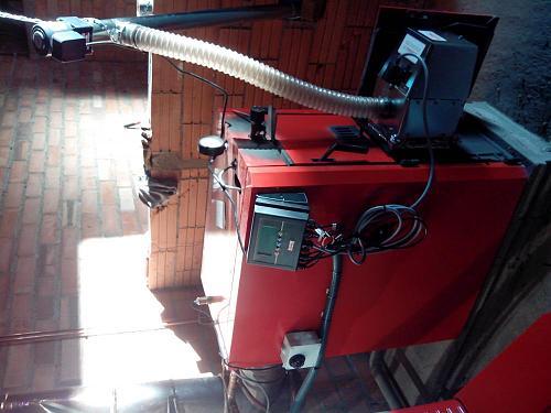 Instalación de un quemador de biomasa Pellas X Mini en caldera-img_20130527_202815.jpg
