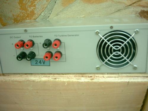 Conexion cables salida aerogenerador 24v.-1regulado-trs.jpg