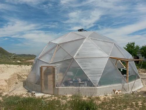 Enfriar invernadero con paneles solares (hay suelo radiante)-invernadero.jpg