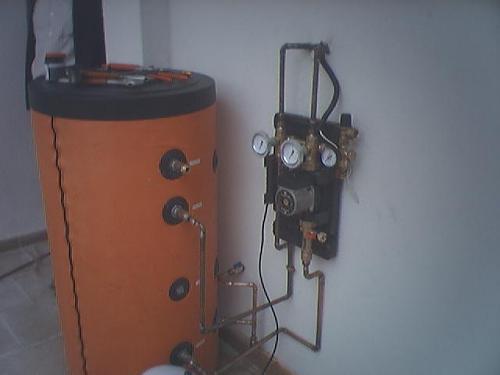 Fotografías instalaciones solares termicas-19-04-2008-fuentevaqueros-84-.jpg